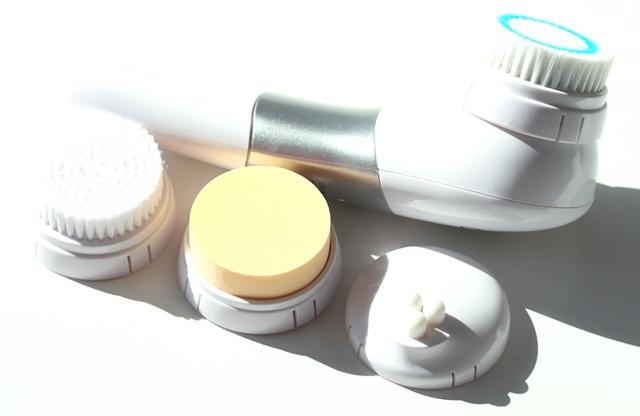 Топ-10 лучших электрических щеток для очищения лица