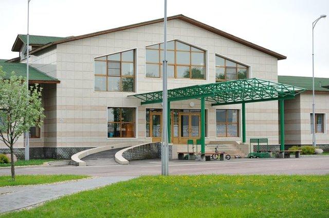 Самые хорошие государственные и частные школы в Спб