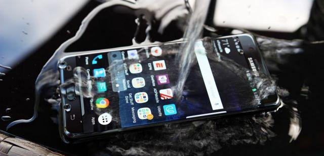 Рейтинг популярных противоударных смартфонов 2020 года