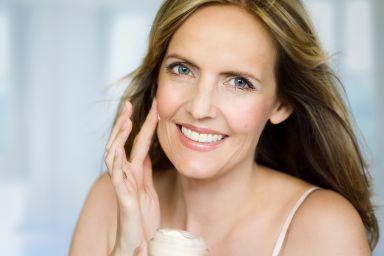Рейтинг лучших кремов для ухода за кожей после 40 лет в 2020 году