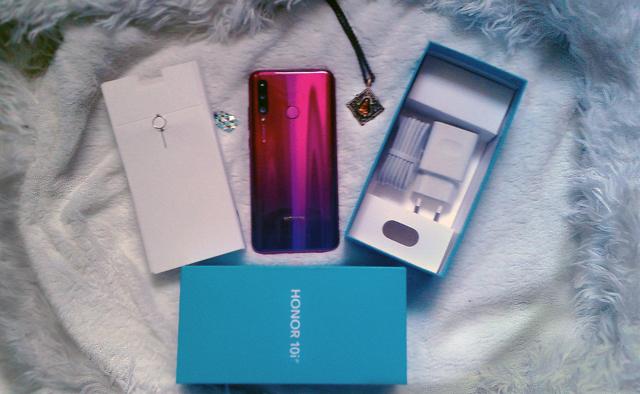 Смартфон honor 10i - обзор модели