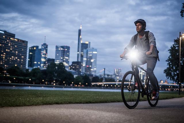 Самые популярные и качественные велофонари в 2020 году