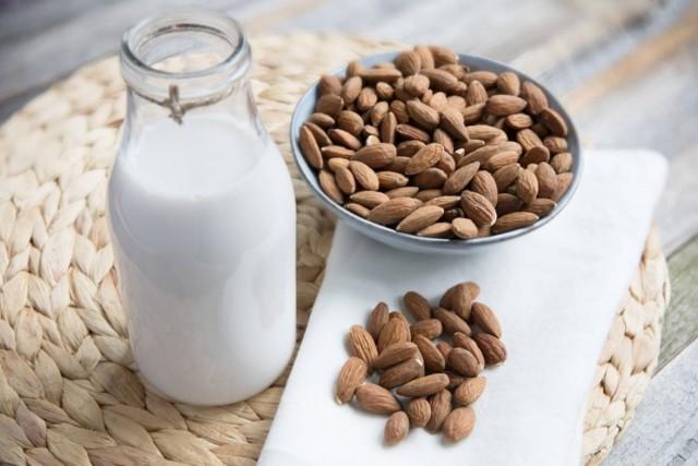 Список лучших брендов растительного молока: виды, польза, производители