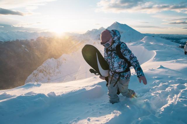 Топ-рейтинг сноубордов для фрирайда - мужские и женские. Доски для фрирайда и какие доски лучше всего походят вам для сноуборда и будут самыми лучшими.