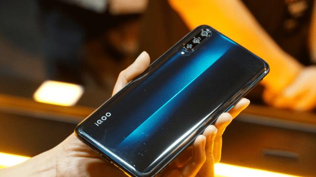 Смартфон vivo iqoo: характеристики и цена