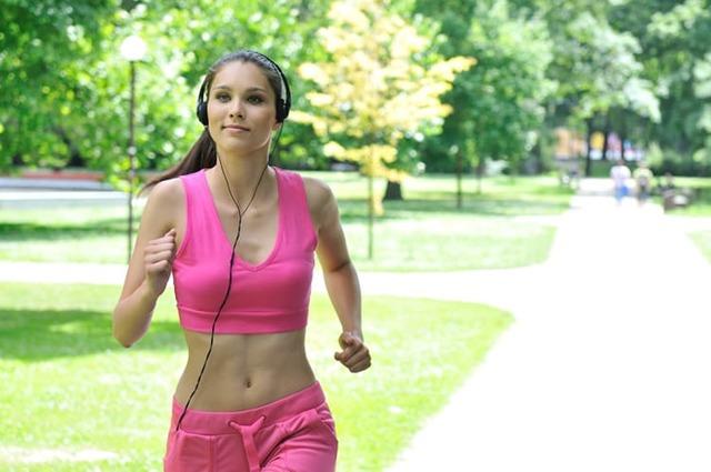 Рейтинг лучших наушников для спорта и активного отдыха
